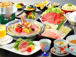 【旬彩会席】◆瀬戸内の美味いもの尽くし★国産牛蒸ししゃぶとオリーブ豚ちり鍋