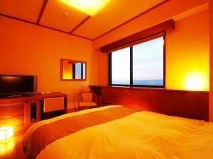 【暁の抄/洋室ダブル19㎡(眺望:海)】一人旅やカップルに最適