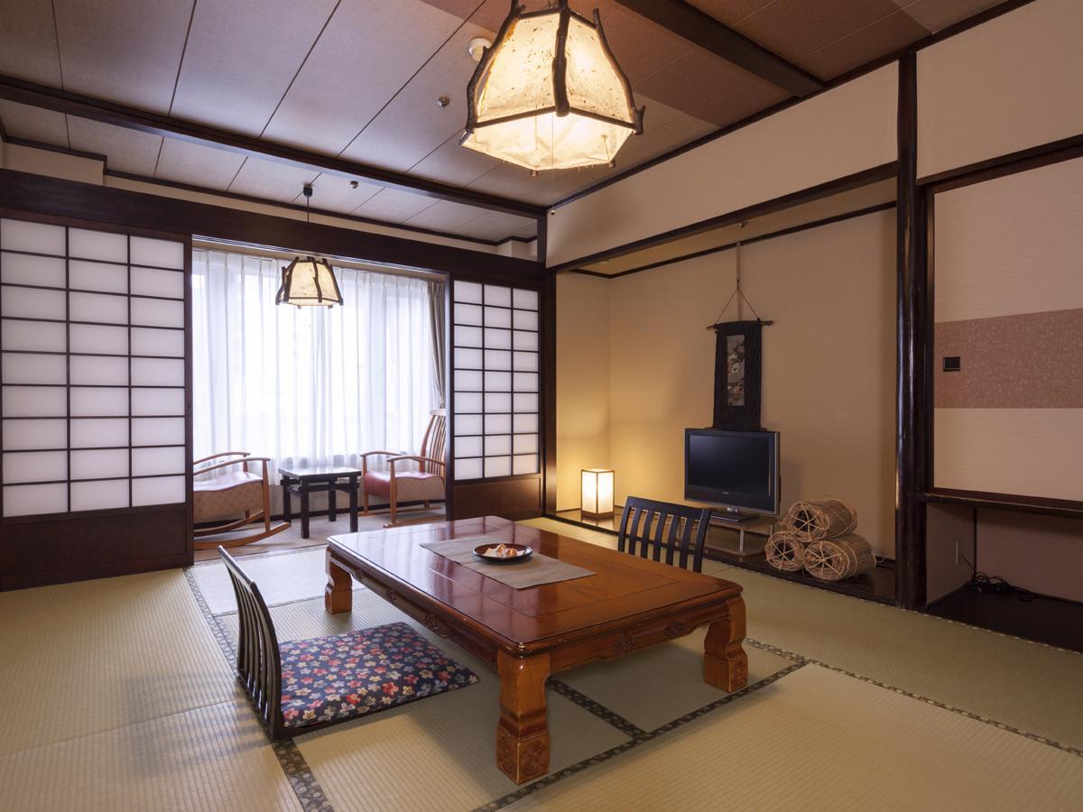 和室10畳 広縁付 【ぬくもり館】38平米■禁煙■