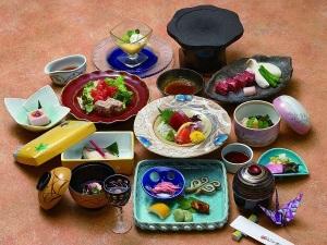 【1泊2食付きスタンダードプラン】信州牛を味わう会席「旬遊」&和×洋40種の朝食バイキング♪