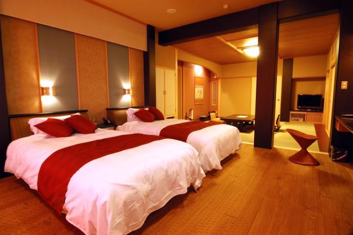 【特別室・最上階◆展望風呂+半露天風呂付客室・802号室】※2021年4月1日より禁煙