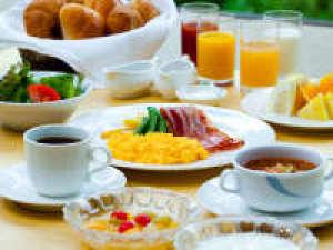 【1泊朝食付】《新潟県産コシヒカリ!和洋揃った朝食》