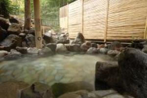 箱根小涌谷温泉 水の音(みずのと)