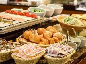 【スタンダード】★1泊朝食★元気な一日のスタート!飛騨牛や郷土料理など和洋50種以上の朝食バイキング♪