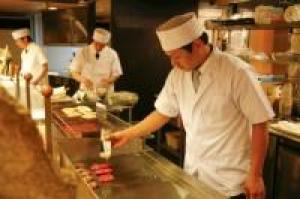 【当館人気のバイキング】オープンキッチンで出来たてあつあつ!和洋中40種類バイキングプラン