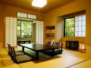 【日帰り】おまかせ客室(10帖以上)