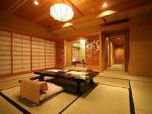 【最上階スイート 貴賓室■ツイン+3間】谷川岳と利根川一望