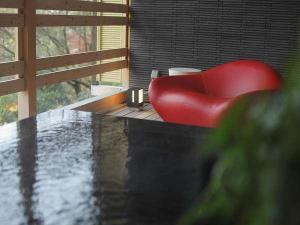 ◆通年プラン【天然温泉100%露天風呂付き客室】憧れのMy露天で心をほぐす、ワンランク上の上質な寛ぎ