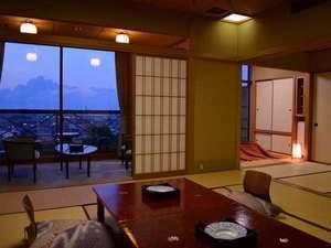 ◆最上階で抜群の眺望【菊祥12.5+4.5畳+広縁】ウッドデッキ付