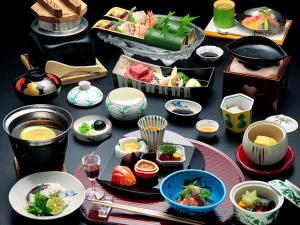 【特選】季節の贅沢~特選会席料理◆お部屋食 (商品No:1134x)