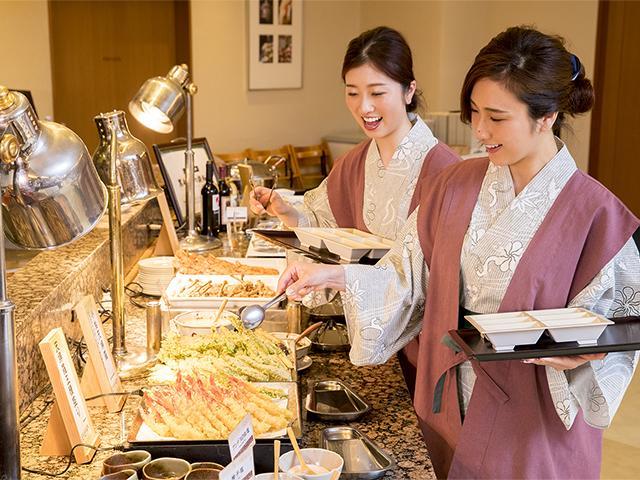 【バイキング】有馬四季菜ブッフェ ファミリーにおすすめ♪ (商品No:1312x)