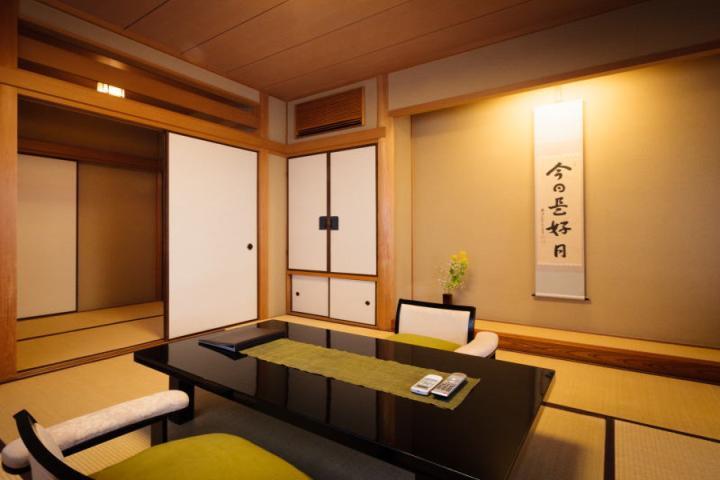 2食付◆和室◆バス・トイレ付