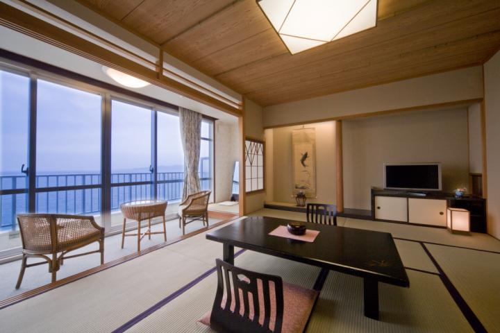 スタンダード客室(和室10畳)<海側・夕食お部屋食>