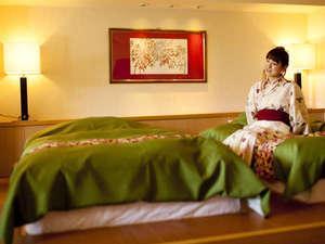 【露天風呂付】特別和洋室 和室10畳+洋間(個室食事処)