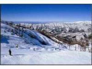 【湯愉♪スキー&温泉】奥伊吹スキー場で思いっきり楽しんで天然温泉で疲れを癒そう~(リフト券付き)♪