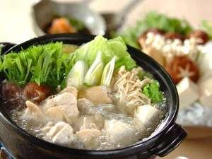 【2食付】2種類の出汁で《鶏鍋》♪人気の《籠盛り和朝食》プラン(チェックアウト11:00)