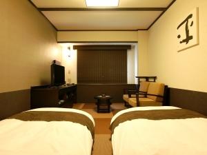 和風ツイン◇100㎝幅ベッドもしくはマットレス2台(2名定員)…21㎡