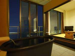 デラックス&オーシャンビュースパ 露天風呂付き客室