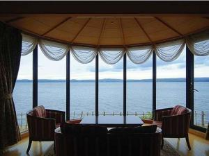 ■貴賓室/利久(りきゅう)■ 眼前に広がる海 季節の旬会席