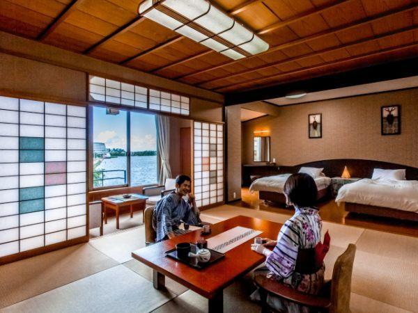 【日本庭園を望む】モダンゆったり和洋室(和室10畳+洋室ツイン)
