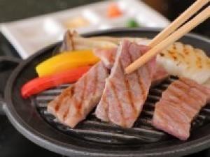 【室数限定】神戸牛しゃぶ×和牛ステーキ合わせて170g食べ比べ♪美味饗宴会席最大1620円引&特典付