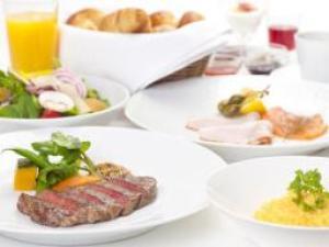 【シャンパンブランチ】極上の目覚めを堪能!ステーキやサーモンなど全8品 プレミアムブランチ付きプラン
