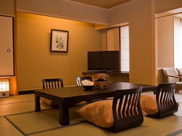 【通常客室】(和室8~12畳)~心はんなり♪寛ぎの空間~