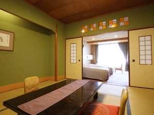 和室8畳+ツインベッドの和洋室