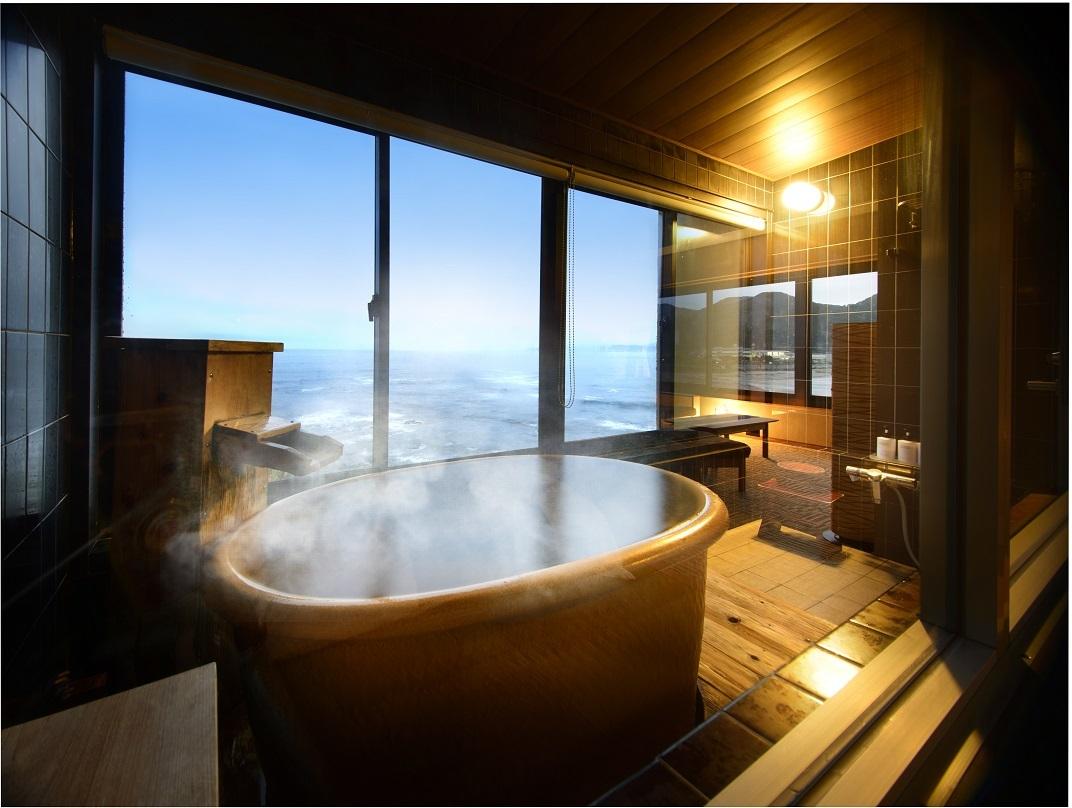 【夏の御予約】~プールサイド『海物語』~海一望!敷地内源泉100%露天風呂付き客室