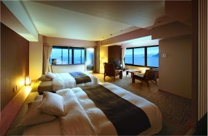 【露天風呂付客室】~夕映えのうみフロア(4階)~『海辺の町』(和洋室)
