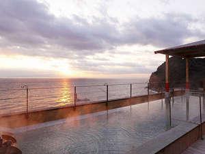 素泊り◆海から昇る朝日を名所・空中湯園で♪