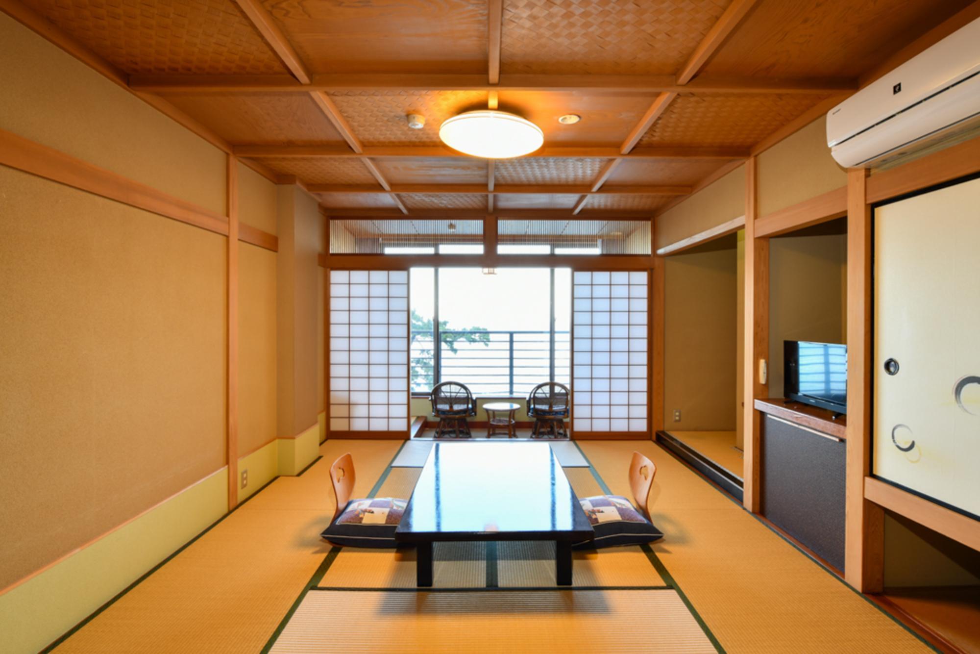 【和室10畳以上】 伊豆大島&海一望のお部屋(別館)