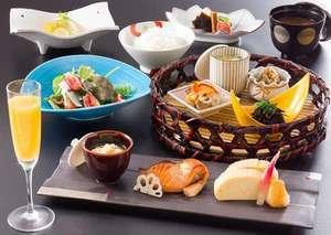 【朝食プラン】料理長によるこだわりの手作り和食付き ~レイトチェックイン歓迎!京都町家&檜風呂満喫~