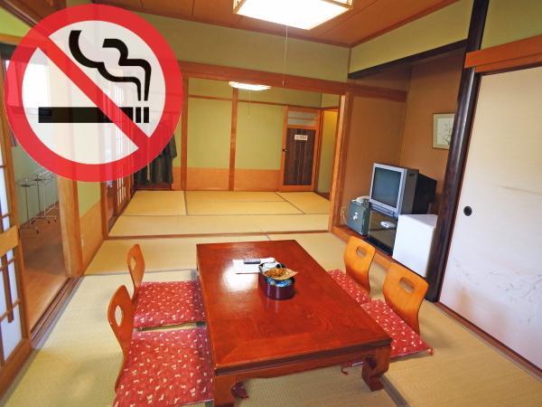 【石畳側の広い角部屋】二人でゆっくりくつろげる◆和室12畳