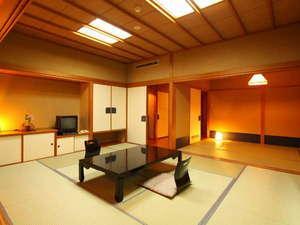 海側本館和室(10畳+6畳) バストイレ付