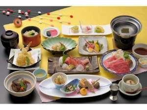 ☆和牛しゃぶしゃぶ付「ちょっと贅沢な会席」を個室のお食事会場にてお召し上がりください♪