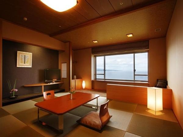 最上階客室 〔和室・和洋室・洋室のいづれか〕