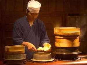 """【二食付】""""おくどさん""""で炊いた御飯で頂く割烹料理"""