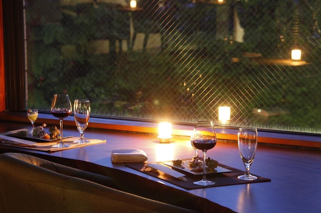 【夕食のみ】翌朝の予定は自由自在!ご夕食は料理長こだわりの会席を愉しむ<基本会席★月の雫>