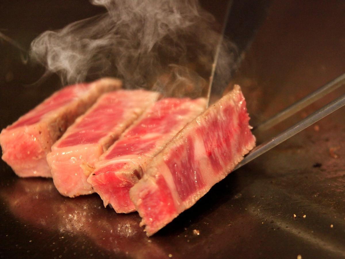 【グルメ旅】国産牛フィレステーキを無料でプレゼント!基本会席のメインのサーロインとの食べ比べ★