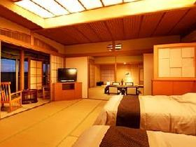 【特別室「利久」114平米和洋室禁煙】シモンズベッドと専用庭