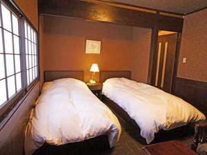【贅沢和洋室】 和室8畳+洋室8畳(120×190のツイン)