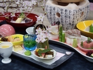 【4月~6月期間限定】高級食材「神戸牛」に舌鼓!豪華4大食材食べ比べ★旬の鯛&穴子&アワビ&神戸牛