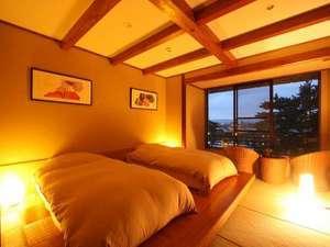 興福寺まで徒歩30秒。奈良を感じるロケーション。和モダン【猿沢池側ツイン】 素泊
