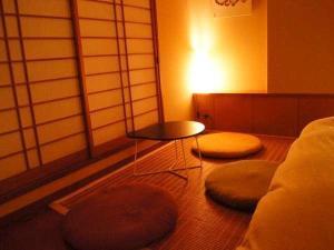興福寺まで徒歩30秒。奈良を感じるロケーション。和モダン【スタンダードツイン】 1泊朝食付