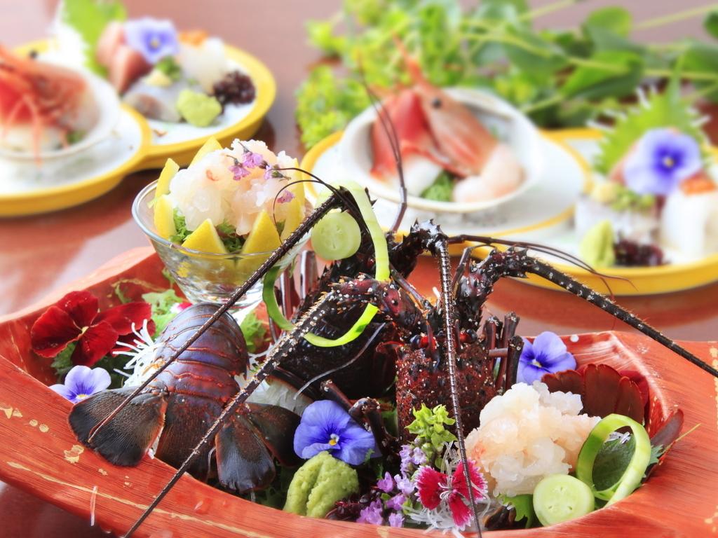 【料理長オススメ!選べる逸品】アワビorイセエビが選べるプチ贅沢♪♪/1泊2食/基本会席★燈~Akari~