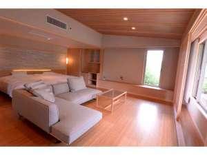 「仭」和室10畳+洋室リビング(100平米)
