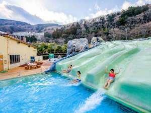 【ユネッサンと森の湯付】 水着で楽しむ温泉露天風呂付き客室や絶景露天風呂温泉