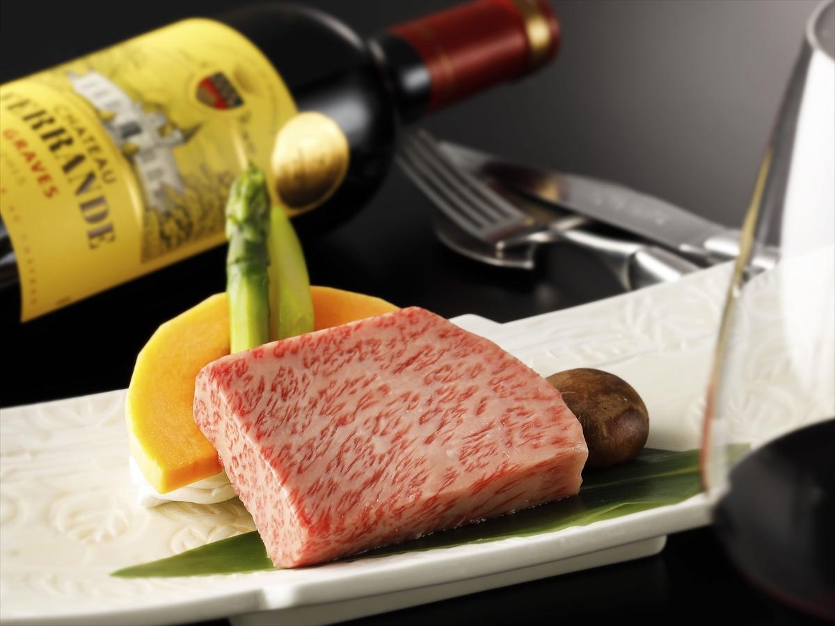 【迎賓館】鉄板焼きコースをカウンター席でおもてなし☆ご朝食は和洋選べるダイニング食
