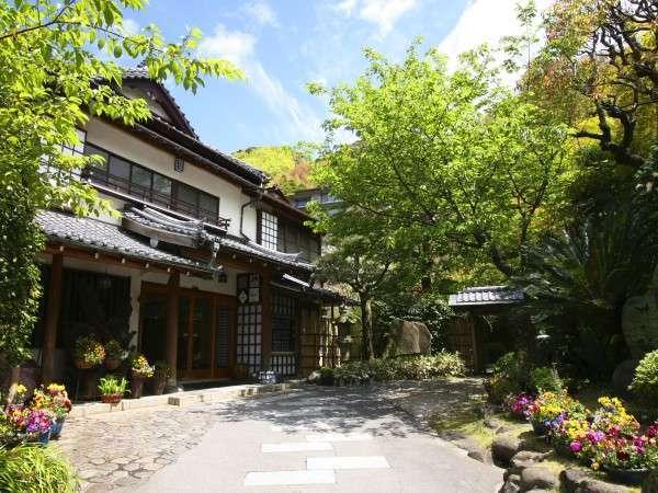 写真:土肥温泉の庭園旅館 玉樟園新井